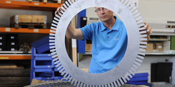 With the LaserQC, the ability to measure concentric circles helps win new customers.