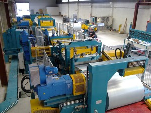 1,300 x 0.25 -2.5 mm slitting line for pre-painted and zinc coated parts, working speed 300 mtmin.