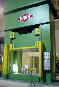 Nava press 2MI 1100500, drawing machine characterized by maximum ram force of 11,000 kN.