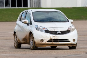 Nissan-Note-Self-Cleaning-Car-Prototype-dirty