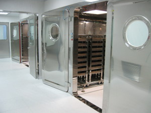 of mirror finish on laminar flow tunnel, used in the pharmaceutical sector. Drawn from Stainless 181