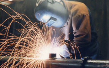 Anytime, anywhere tailored learning opportunities for welding professionals and apprentices alike
