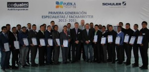 The first intake of apprentices at Schuler's vocational training center in Mexico have received their leaving certificates