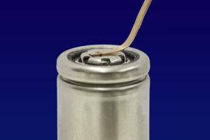 Oscillation laser welding creates safe electrical contacts between battery cells. © Fraunhofer ILT, Aachen/Germany